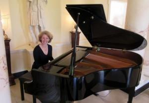 hotel lobby pianist