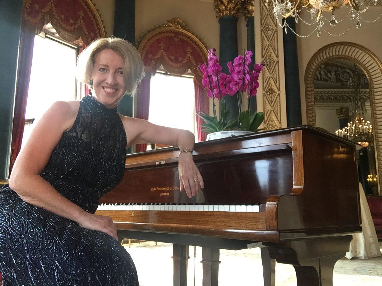Sandra Lambert plays at Buckingham Palace