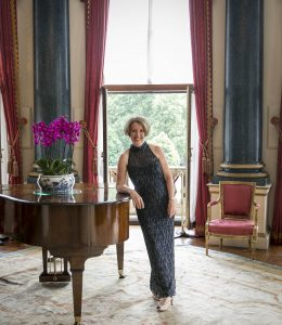 Sandra Lambert: Buckingham Palace Music Room